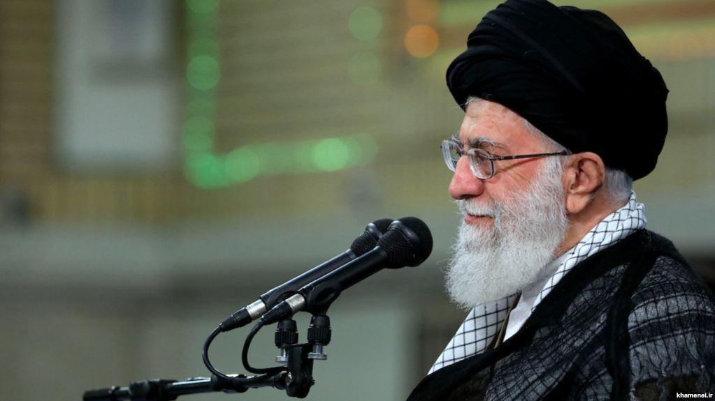 خامنهای: در موضوع مذاکرات برجام اشتباه کردم؛ مذاکره با آمریکا را ممنوع میکنم