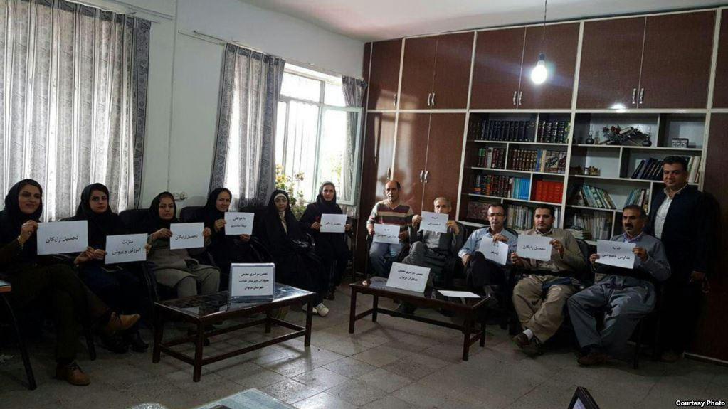 زندان، حبس و شلاق برای معلمانی که مطالبه صنفی دارند