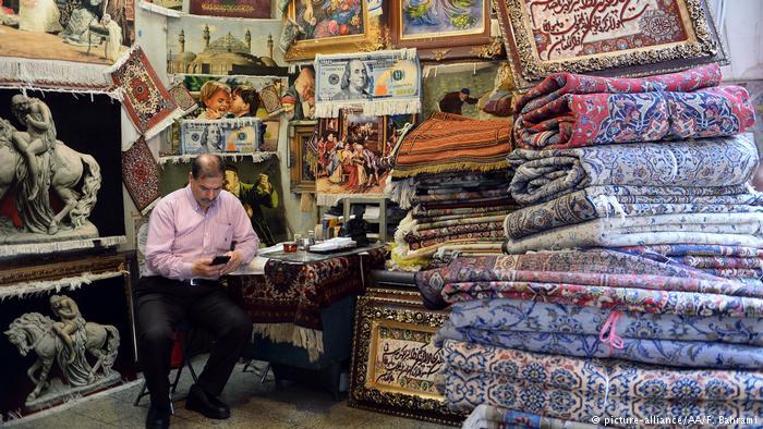 ترکیه جای ایران را در بازار جهانی فرش میگیرد