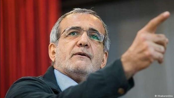 انتقاد از احداث دانشگاههای بی هدف در ایران