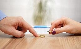 رییس کانون سردفتران ازدواج و طلاق: هر ساعت ۲۱ طلاق در سال ۹۶/ یک سوم ازدواج ها به طلاق ختم شد