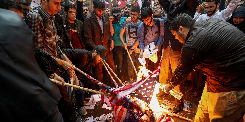 نیوزویک: جنگ مبتنی بر دروغ و فریب بعدی آمریکا: آیا ایران به عراق ترامپ تبدیل می شود؟