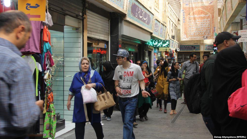 صندوق بینالمللی پول: رشد اقتصادی ایران امسال منفی ۹.۵ درصد میشود