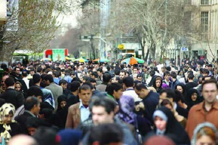 چهل سال حکومت اسلامی؛ ۶۰ میلیون تن در ایران نیازمند حمایت معیشتی