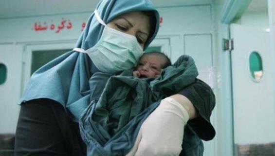 در ایران هشت هزار پزشک بیکار وجود دارد/ دو سوم ماماها بیکار هستند