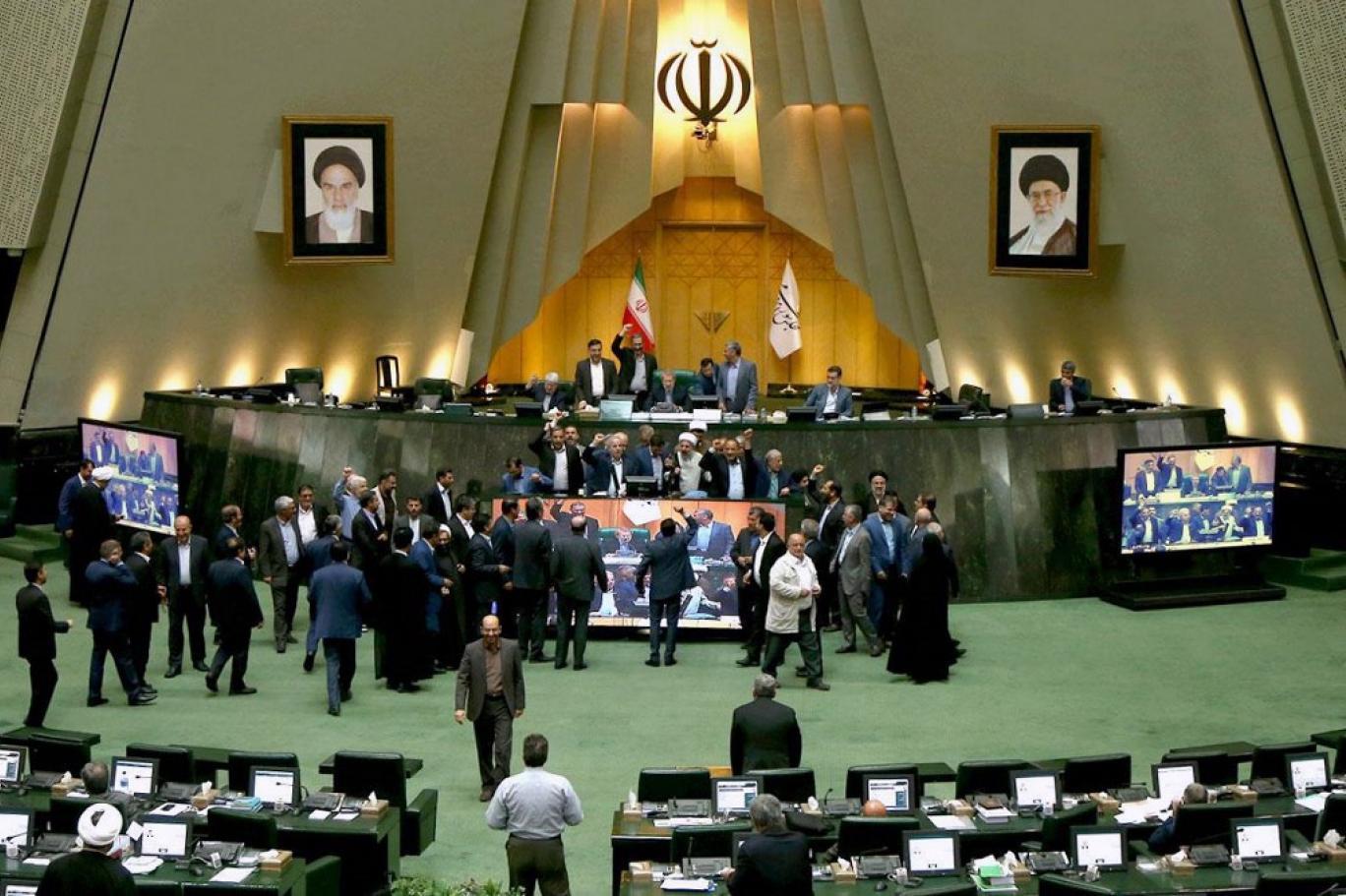انتخابات مجلس، کنکور ورود به دایره خودیها