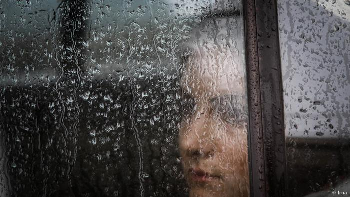 """افسردگی در ایران، جایی که """"هرچه میدوی، هدف دورتر میشود"""""""