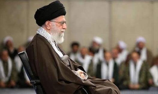 نامه دو تن از اساتید دانشگاههای ایران در حمایت از دانشجویان معترض و خطاب به رهبری؛ حضرت آقا، دروغ نگو!