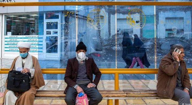 حکومت و مردم در خدمتِ یک ویروس, کرونای ایرانی
