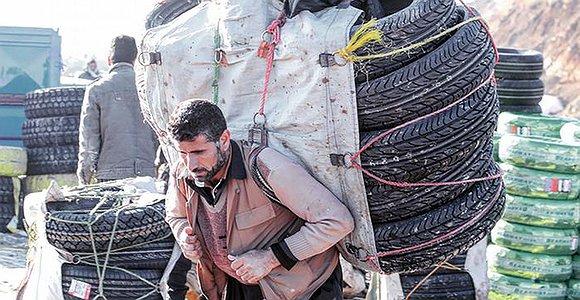 کولبری در ایران؛ برای نان به استقبال مرگ میروند