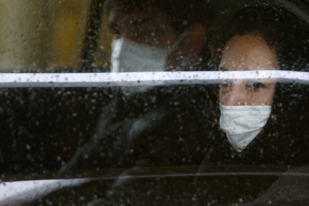 نامه سرگشاده صدها ایرانی از داخل و خارج کشور به سازمان بهداشت جهانی: مردم ایران برای مقابله با کُرونا به کمک جهان احتیاج دارند