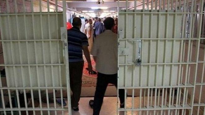 از سه تا ۱۶ سال زندان؛ احکام قطعی چهار درخواستکننده استعفای آیتالله خامنهای