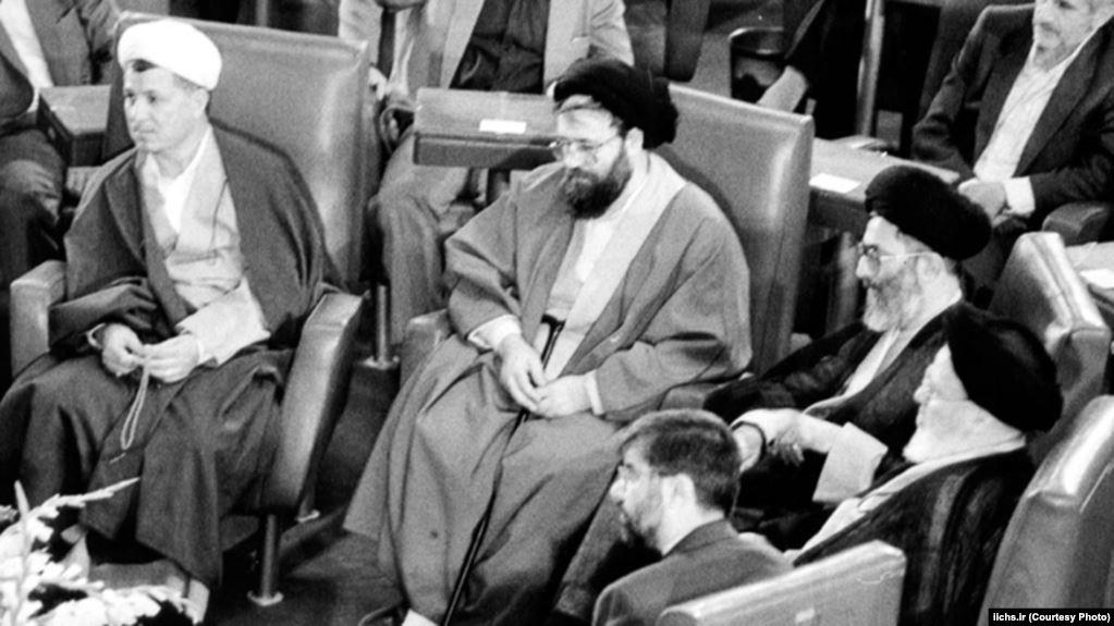 پیام انتشار خاطره رهبر شدن خامنهای چیست؟