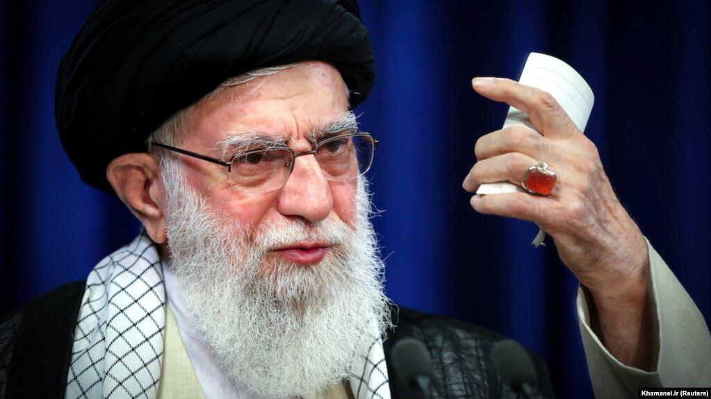 تمدن بزرگ اسلامی در ادبیات رهبر جمهوری اسلامی, یک بام و دو هوای «آیتالله»