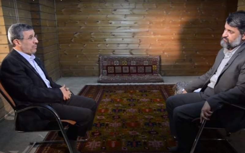 """محمود احمدینژاد: قانون حجاب در ایران باید با خواست """"اکثریت مردم"""" منطبق باشد."""