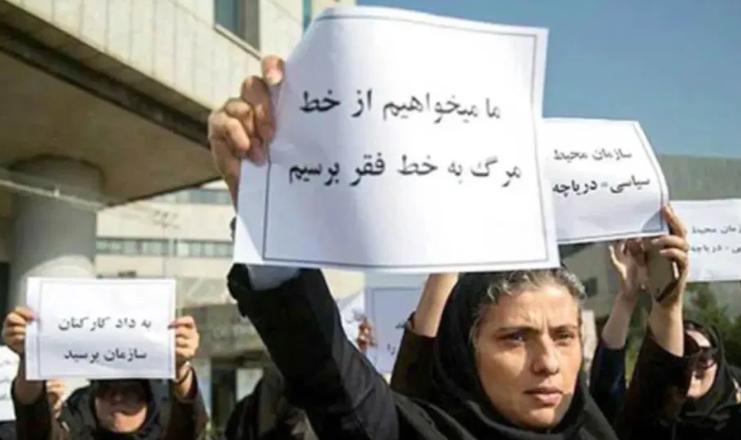 احمد توکلی: ۶۰ درصد جمعیت ایران زیر خط فقر هستند