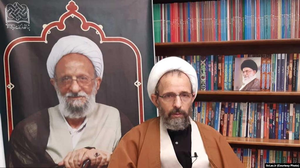 نیم قرن زیر عبای مصباح یزدی؛ محمود رجبی کیست؟