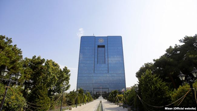 بانک ملی ایران در آستانه ورشکستگی