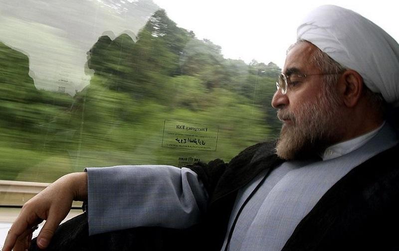 به بهانۀ پایان 8 سال ریاست جمهوری و سکهای با دو روی متفاوت/ آقای روحانی! تا قوزک پا بود یا بالاتر؟!