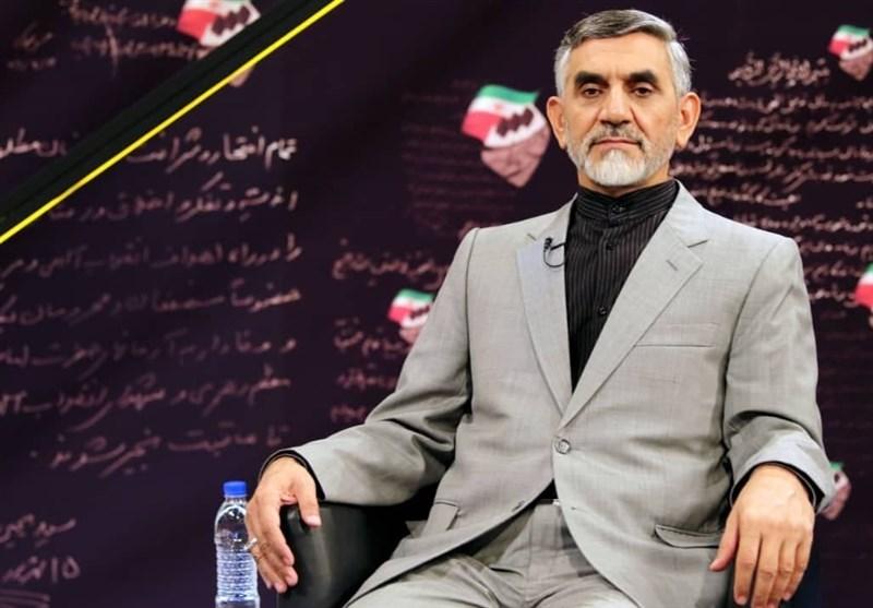 سردار علی مویدی, رییس ستاد مبارزه با قاچاق کالا: مشابه مافیای دارو در هیچ حوزه دیگری وجود ندارد/ وزارت بهداشت به جای داروهای اضطراری، میز و صندلی وارد کرده است